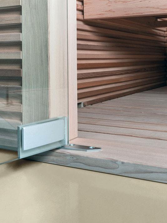 Dettaglio della porta di una sauna