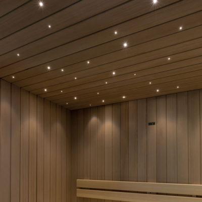 sauna-con-illuminazione-a-soffitto