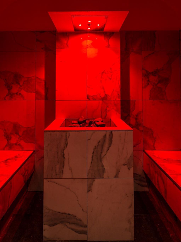 bagno-turco-onsen-rosso