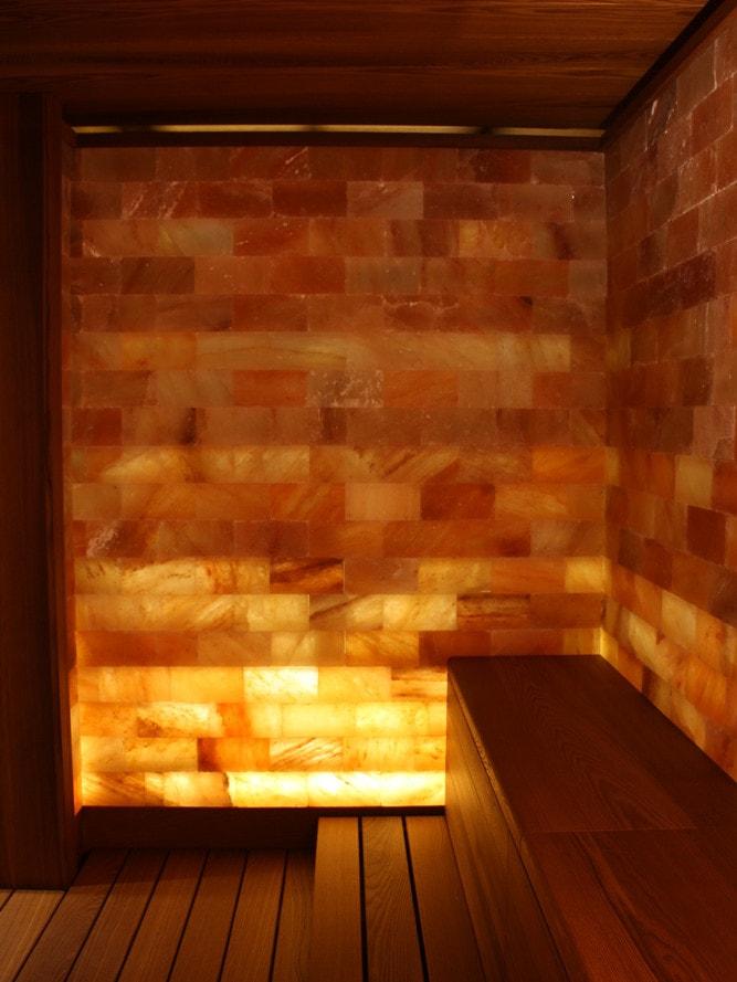 Sauna Con Parete Di Dale Himalaya